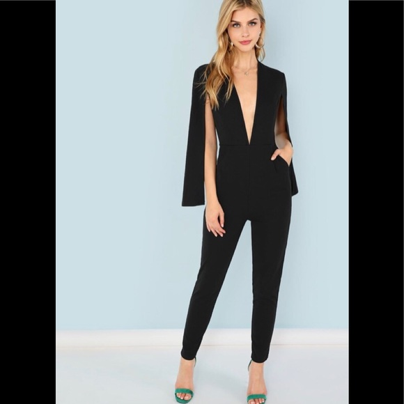 """Shein Deep """"V"""" Neck Fitted Black Jumpsuit XS (2)"""